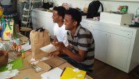 Flüchtlinge erkunden Dada