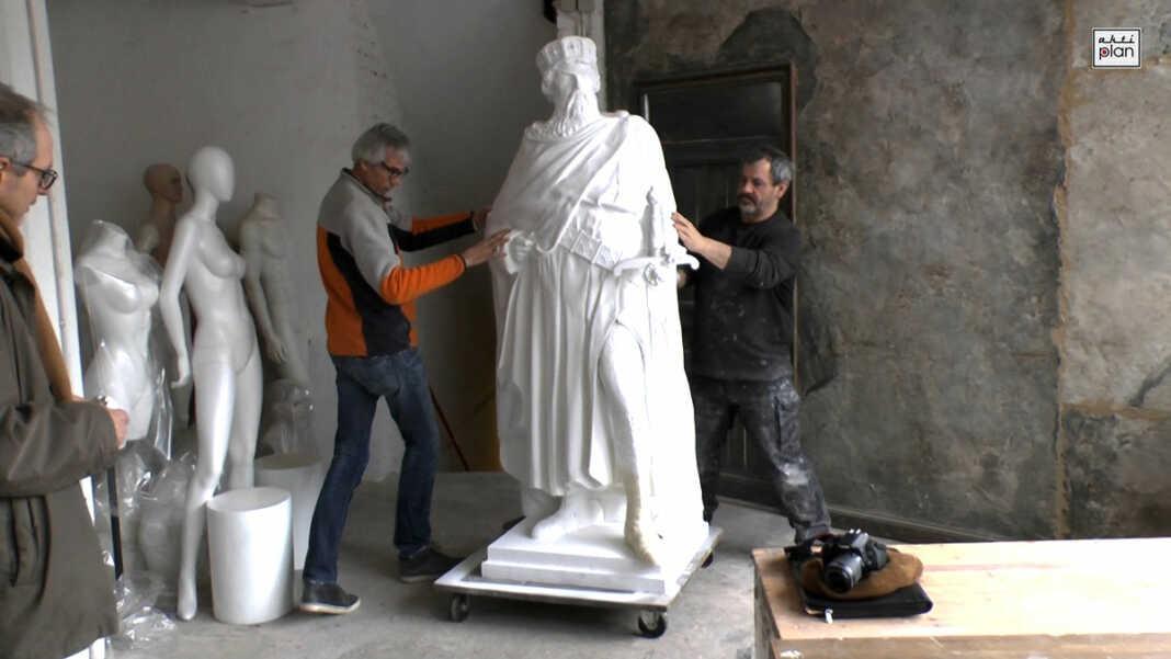 Am Mittwoch, den 08.02.2017 besuchten Veronika und Ulli Martin zusammen mit Achim Gottschalk die Firma Figuren Moch in Köln Rodenkirchen, um die Urfigur, die Mutter für die Barbarossastatue, zu begutachten.