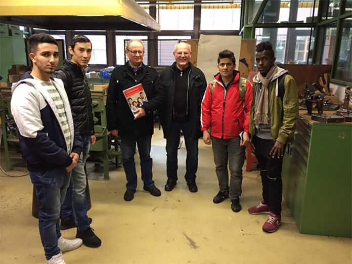 Flüchtlinge beim Berufsinformationstag der BBS
