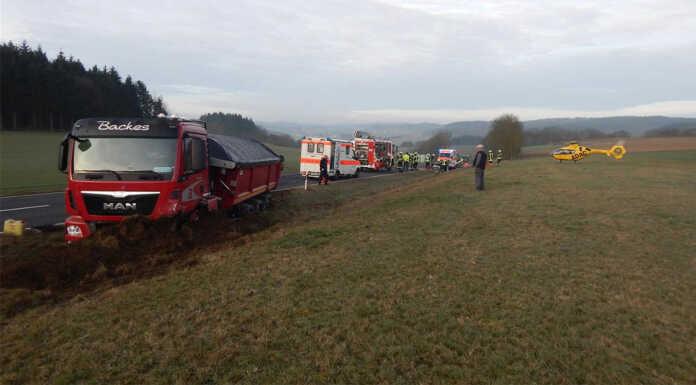 Schwerer Verkehrsunfall auf der B 410