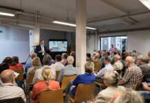 Bürgermeisterkandidat Martin Braun präsentiert sein Wahlprogramm