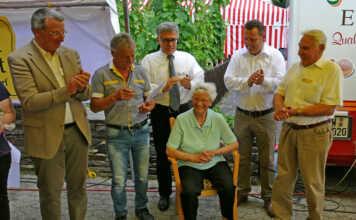 Erdbeerkönigin zu Gast auf dem Freitagsmarkt Bad Bodendorf - der Film