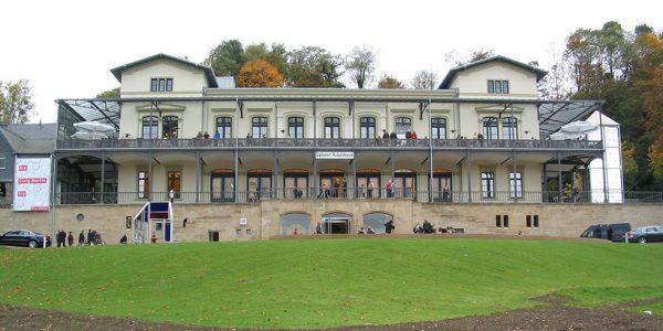 SWR2 Kulturnacht: Ein untadeliger Mann @ Arp Museum Bahnhof Rolandseck | Remagen | Rheinland-Pfalz | Deutschland