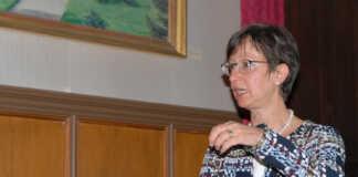 Landschaftökogin Dr. Ulla Stüßer referierte beim Denkmalverein über die Ahr im Wandel der Zeit