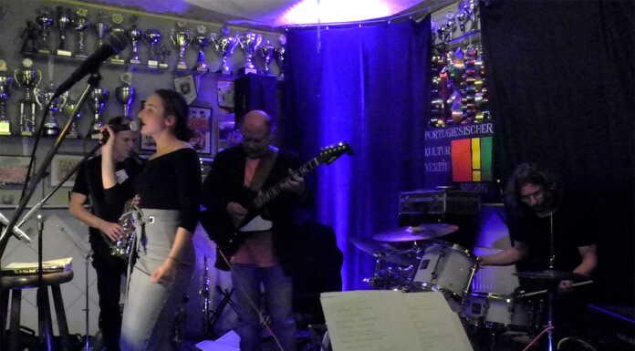Auf drei Jazz Trio im Portugiesischen Kulturzentrum Sinzig