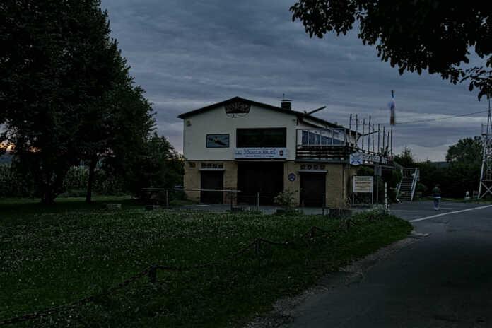 Sinziger Bootshaus vor dem Aus ? Benefizveranstaltung am 19.11.