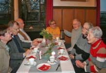 Sinziger Denkmalverein traf sich zum Jahresabschluss im Schloss