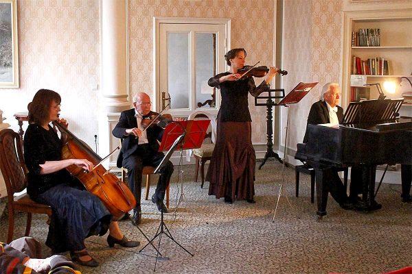 Frühlingspromenade Salon Ensemble A(hr)DUR @ Gewölbe im Zehnthof | Sinzig | Rheinland-Pfalz | Deutschland