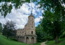 Stadt verstärkt die Kontrolle am Sinziger Schlosspark