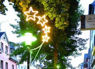 Sinziger Sternenzauber lässt die Stadt erstrahlen