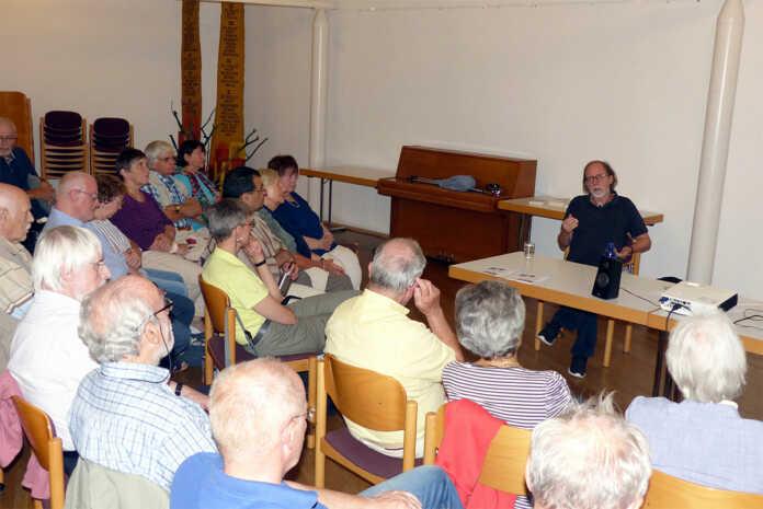 """Es gibt viele """"Islame"""" - Vortrag von Prof. Frembgen"""