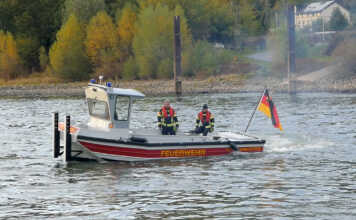 Jungfernfahrt Kleinboot M2 der Feuerwehr Kripp - der Film