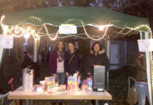 Kaffee- und Kakaoverkauf des Elternausschusses der Kita Max und Moritz