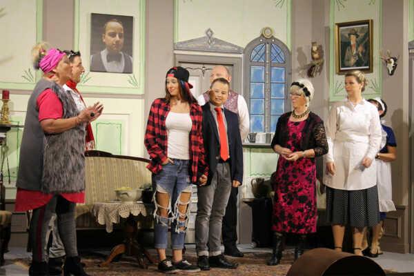 Currywurst und Kaviar – Theatergruppe Westum @ Gaststätte zur Post (Herges) | Sinzig | Rheinland-Pfalz | Deutschland