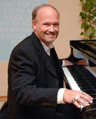 Whatever You Want - Mit Musik rund um die Welt - von und mit Thomas Rohde @ Schloss Sinzig | Sinzig | Rheinland-Pfalz | Deutschland