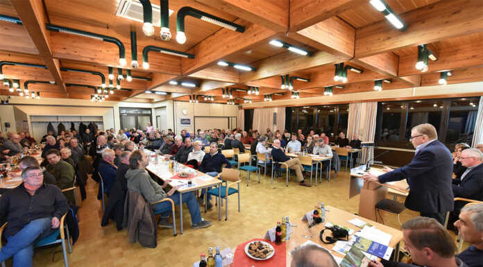 "Projekt ""Artenreiche Wiese"": Kreis fördert Landwirte"