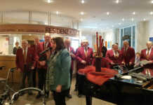 Männerchor Remagen sang in der Seniorenresidenz Curanum