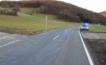 Schwerer Verkehrsunfall mit Kradfahrerin