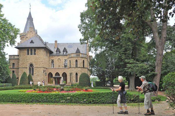 AhrSteig ERLEBEN und 1. Elektro-Auto-Tag @ Schloss Sinzig | Sinzig | Rheinland-Pfalz | Deutschland