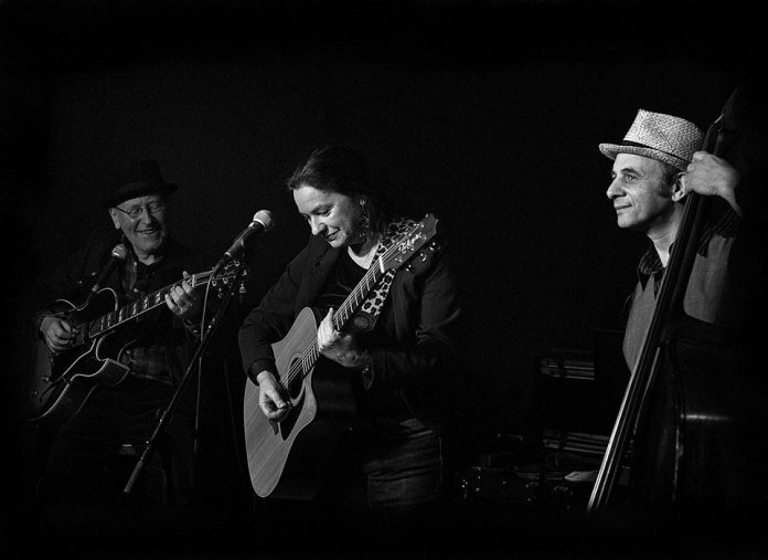 Slinky & P'tit Loup Trio in Concert