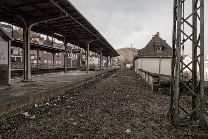 Rhein-Ruhr Express hält nicht in Oberwinter - WDR