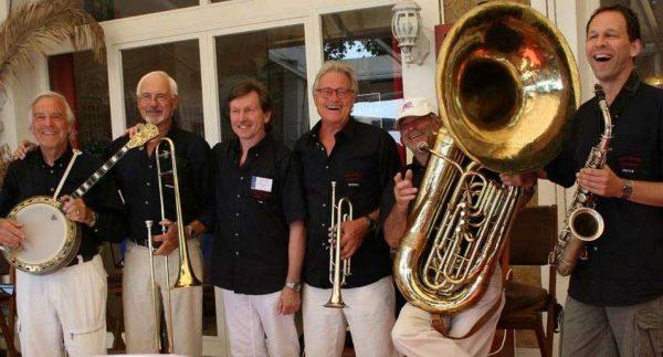 """Es wird heiß mit der """"Hot Pepper Jazz Band"""" @ Marktplatz Remagen"""