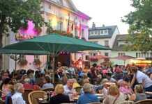 """Musikalische Veranstaltungsreihe des """"Lebendigen Marktplatz"""" beginnt"""