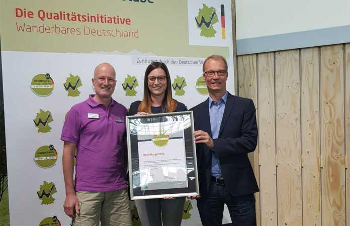 """RheinBurgenWeg erhält Rezertifizierung zum """"Qualitätsweg Wanderbares Deutschland"""""""