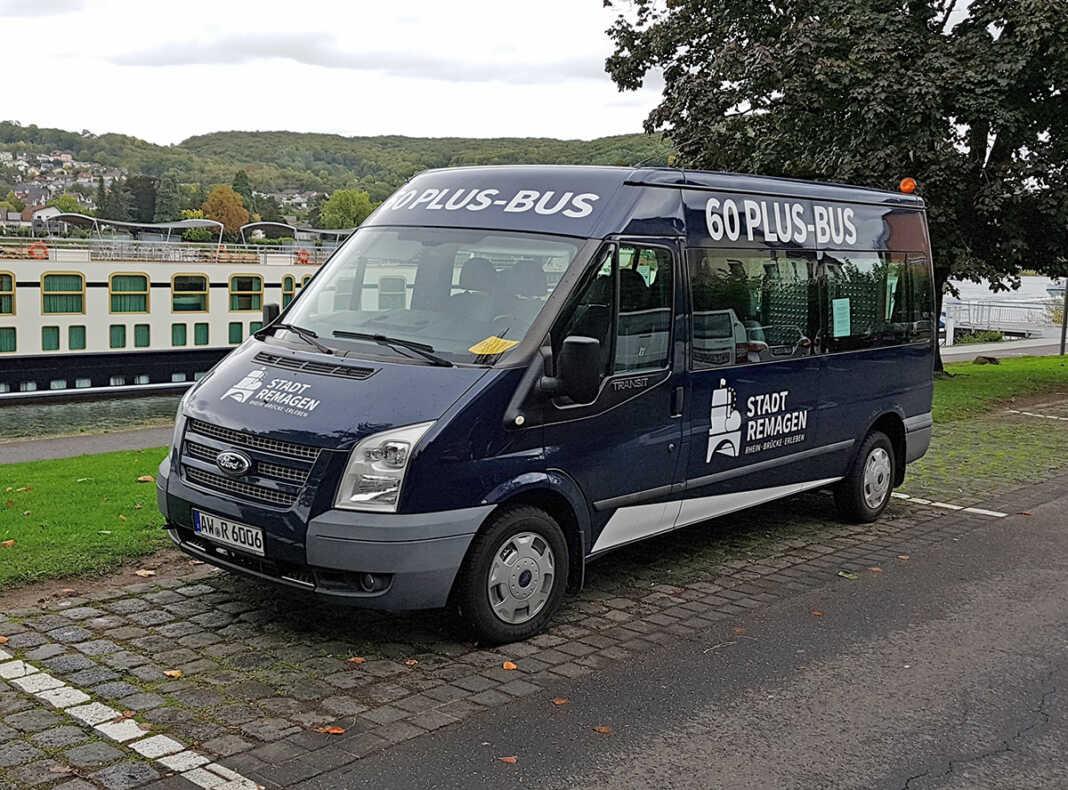 60-Plus-Bus