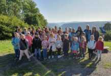 Närrische Buben-Jugend macht Klotti-Park unsicher