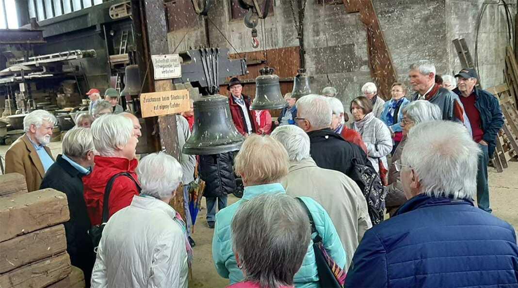 Sinziger Senioren besuchten Glockengießerei