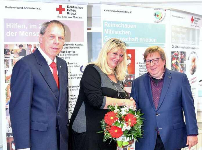 DRK-Kreispräsident verabschiedet Heidemarie Zierler-Schmidt in den Ruhestand