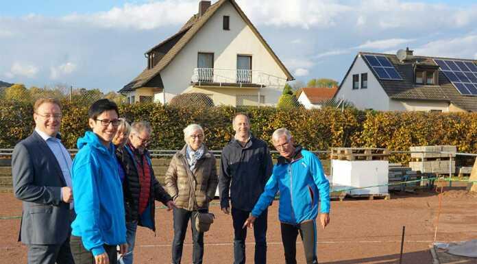 CDU Sinzig besucht Baustelle Sportplatz