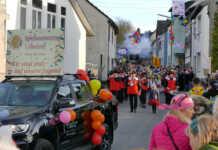 Karnevalszug in Löhndorf - der Film
