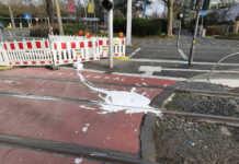 35-jähriger Radfahrer fiel mit Farbeimer hin