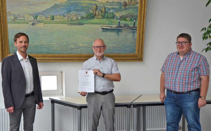 Bürgermeister Ingendahl, Jubilar Bernhard Günther und Robert Zimmermann
