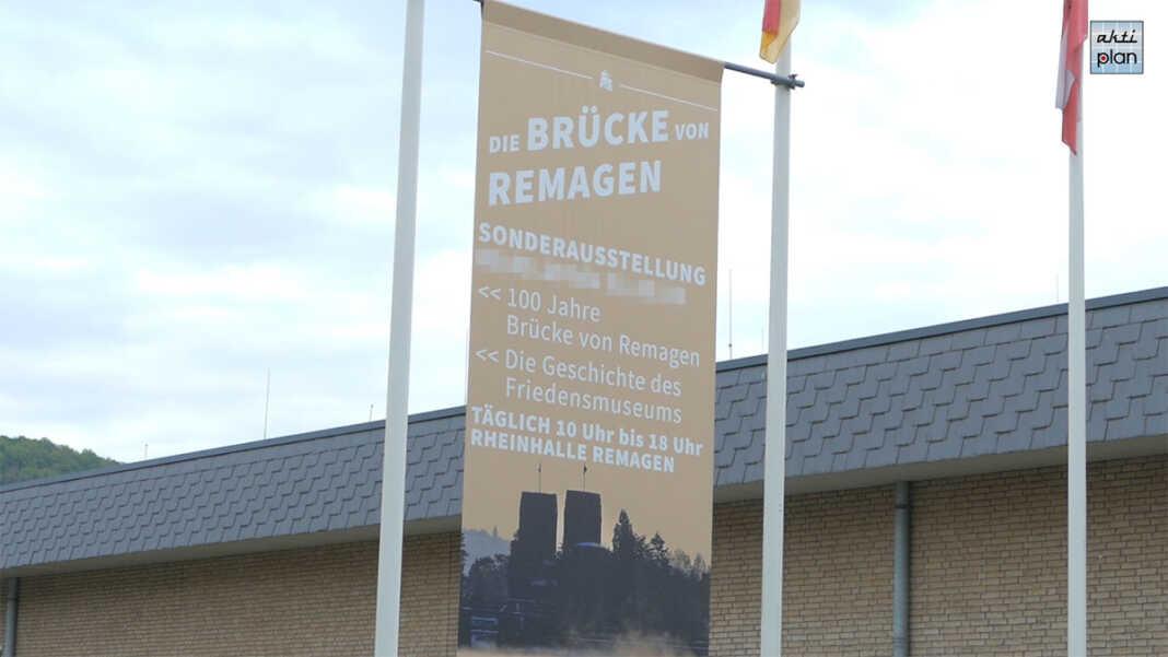 Ausstellung Brücke von Remagen in der Rheinhalle
