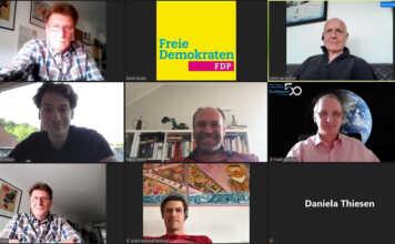 Die FDP ermöglicht per Videokonferenz den unmittelbaren Kontakt und die Diskussion mit Landespolitikern, hier mit Marco Weber, parlamentarischer Geschäftsführer der FDP-Landtagsfraktion.