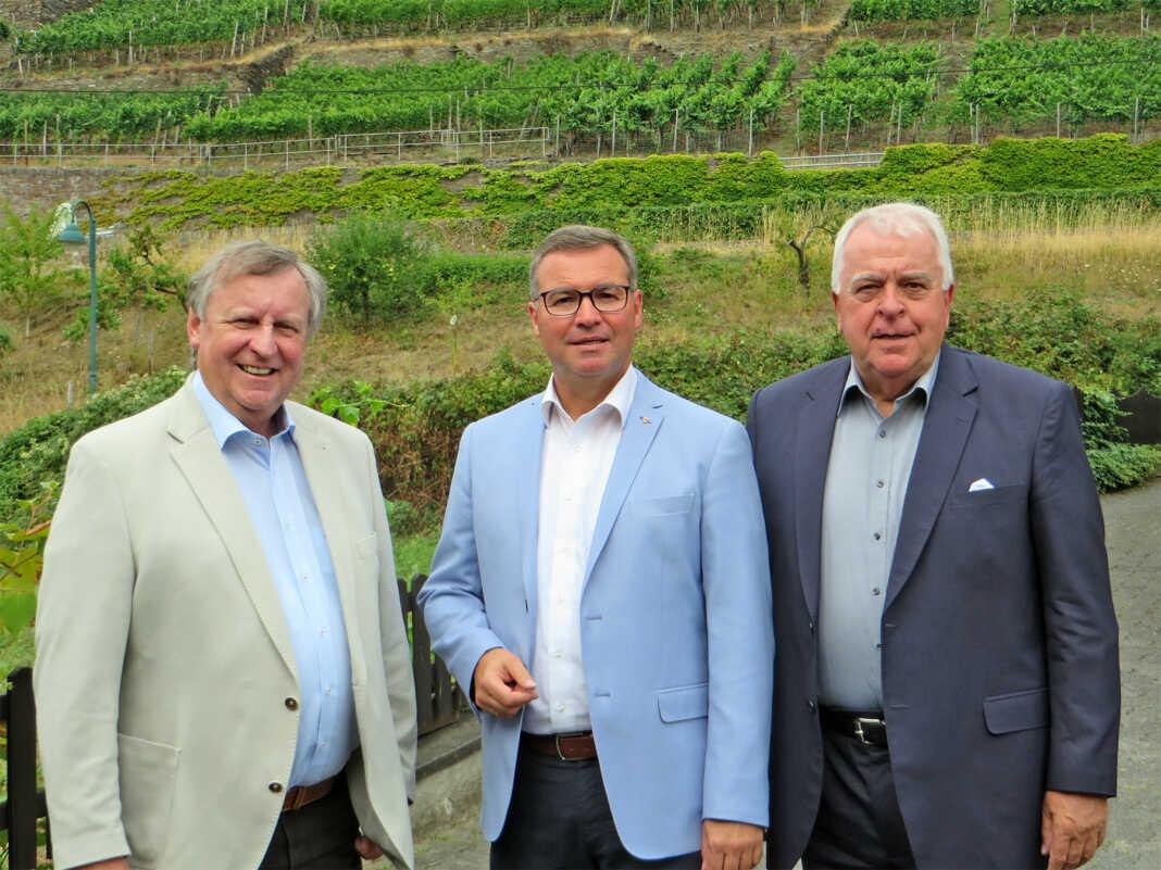 CDU Landtagsabgeordnete Horst Gies und Guido Ernst und dem Vorsitzenden der CDU-Kreistagsfraktion, Kral-Heinz Sundheimer