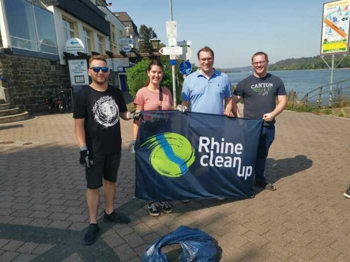 Jusos Breisiger Land engagieren sich beim RhineCleanUp