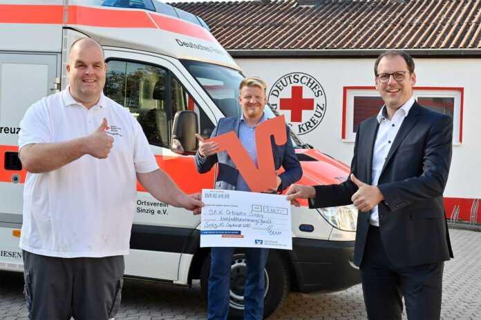DRK Sinzig sammelte mit Hilfe der Volksbank RheinAhrEifel eG für Beatmungsgerät