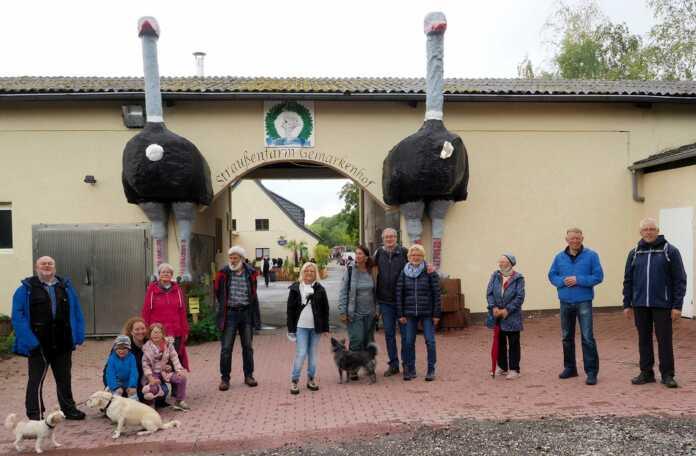 SPD Bad Bodendorf besucht Straußenfarm