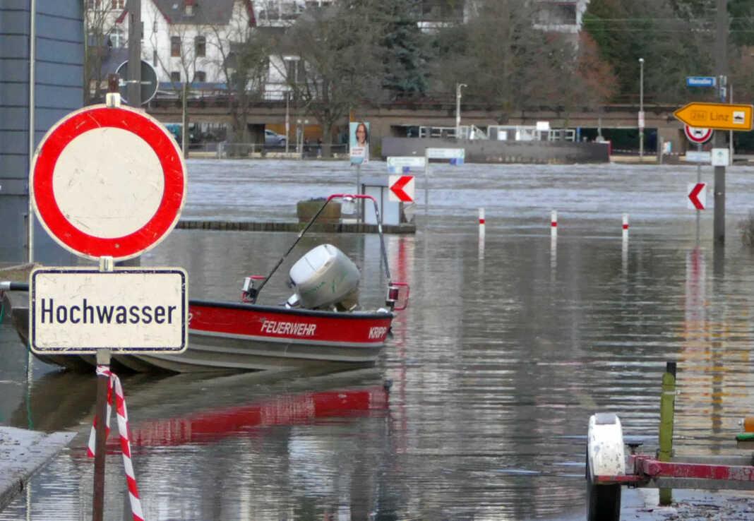 Hochwassersperrungen