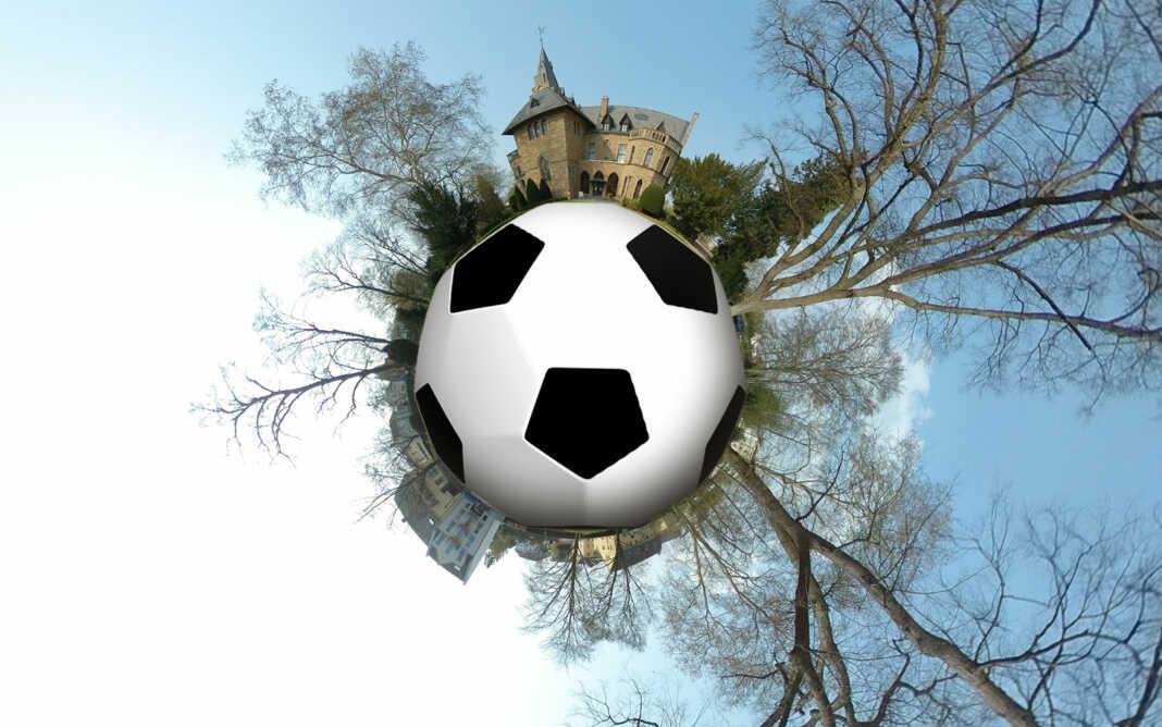 Schloss auf Fußball