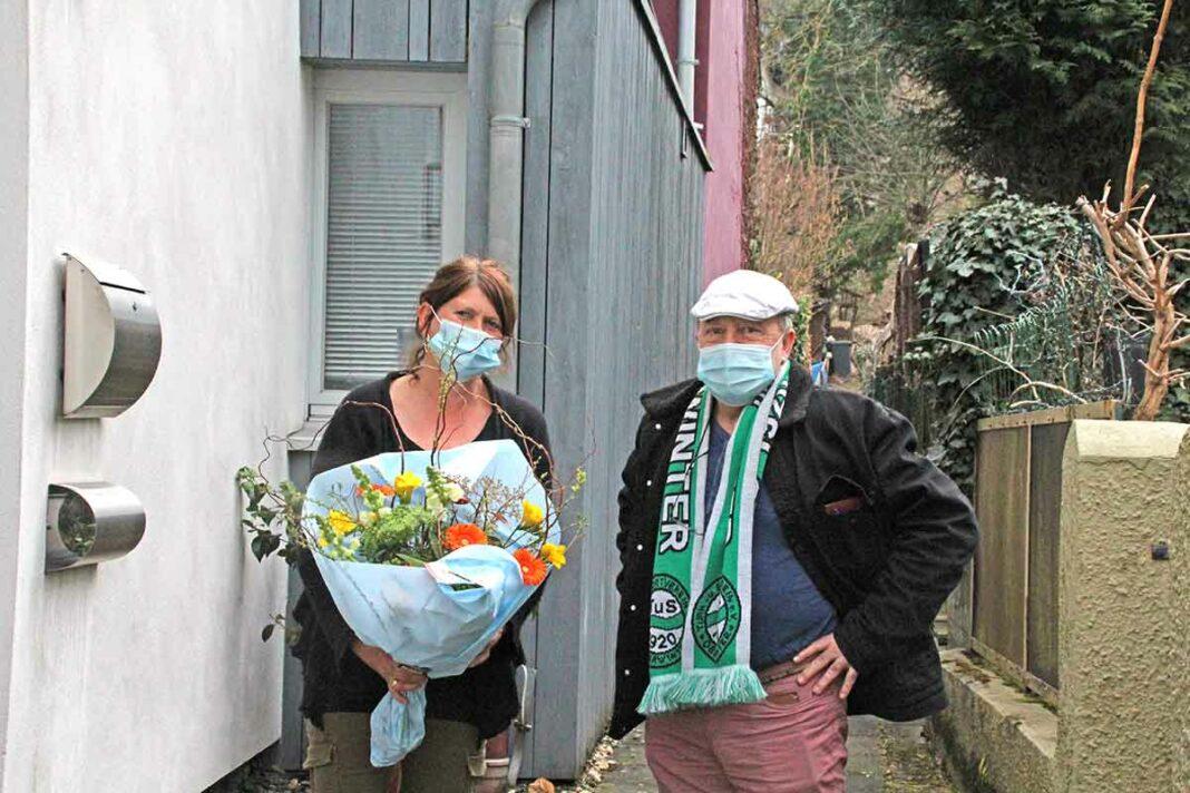 Frau Apothekerin Betina Schütte und Herr Vorsitzender Antonio Lopez