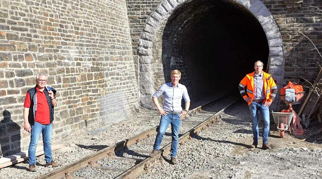 Brohlatbahn Tunnel