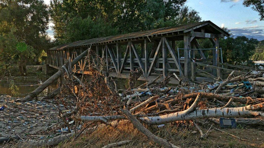 Brücke an der Ahrmündung