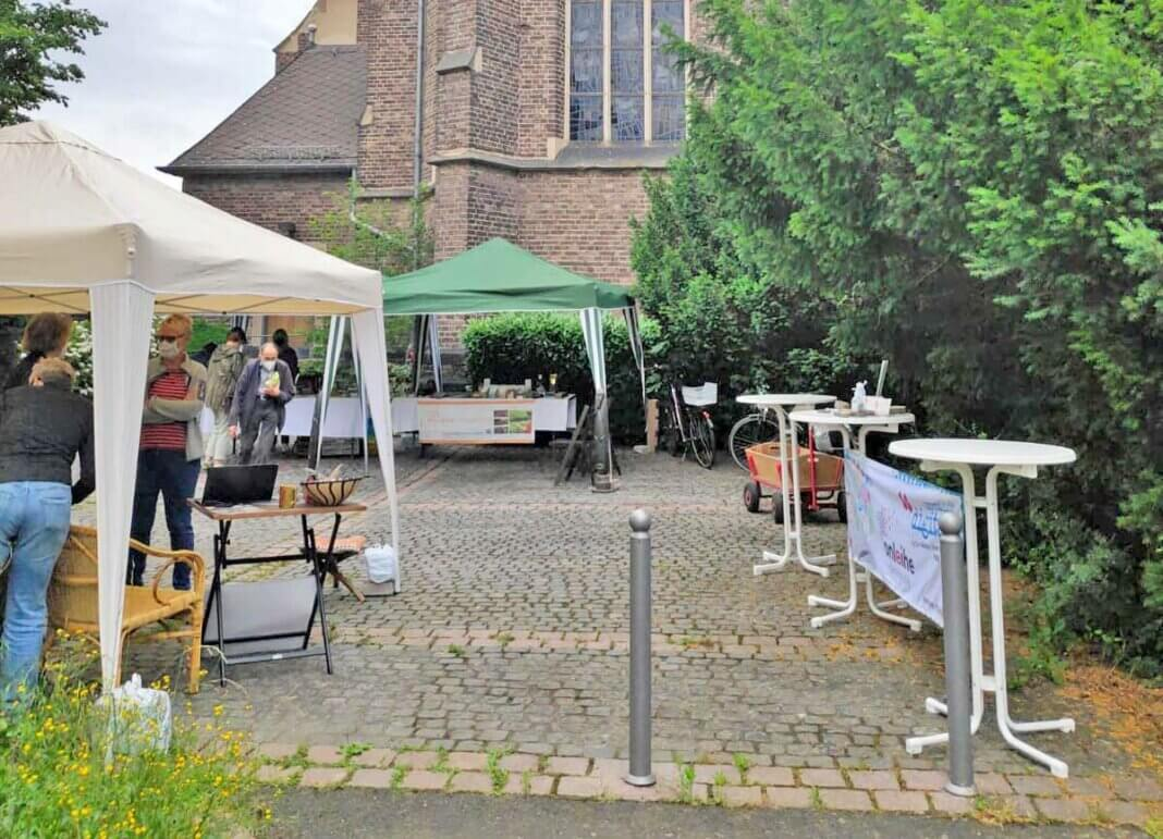Fairtrade in Kripp – Erfolgreiche Kooperation der Teams der Kripper Bücherei und des Weltladen Remagen-Sinzig