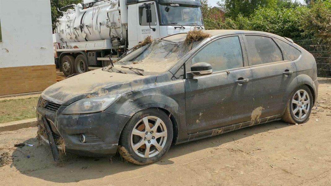 Auto mit Hochwasserschaden