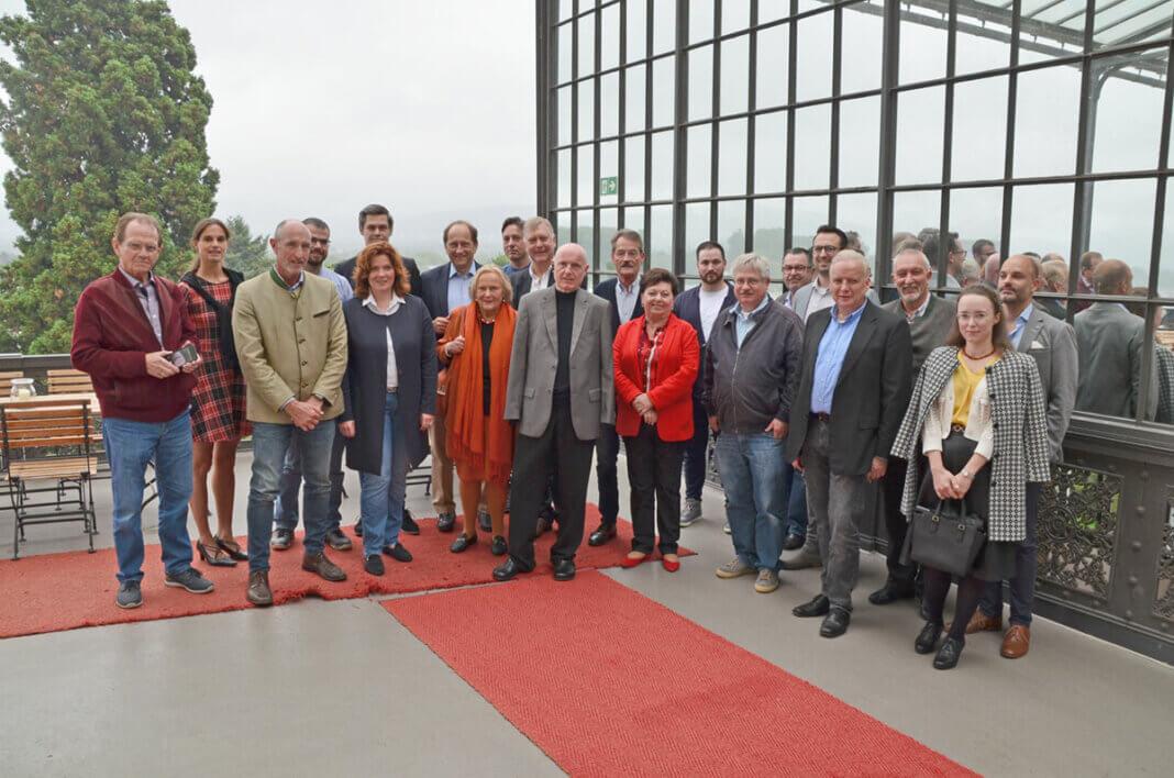Graf Lambsdorff war auf Einladung der FDP in den Bahnhof Rolandseck